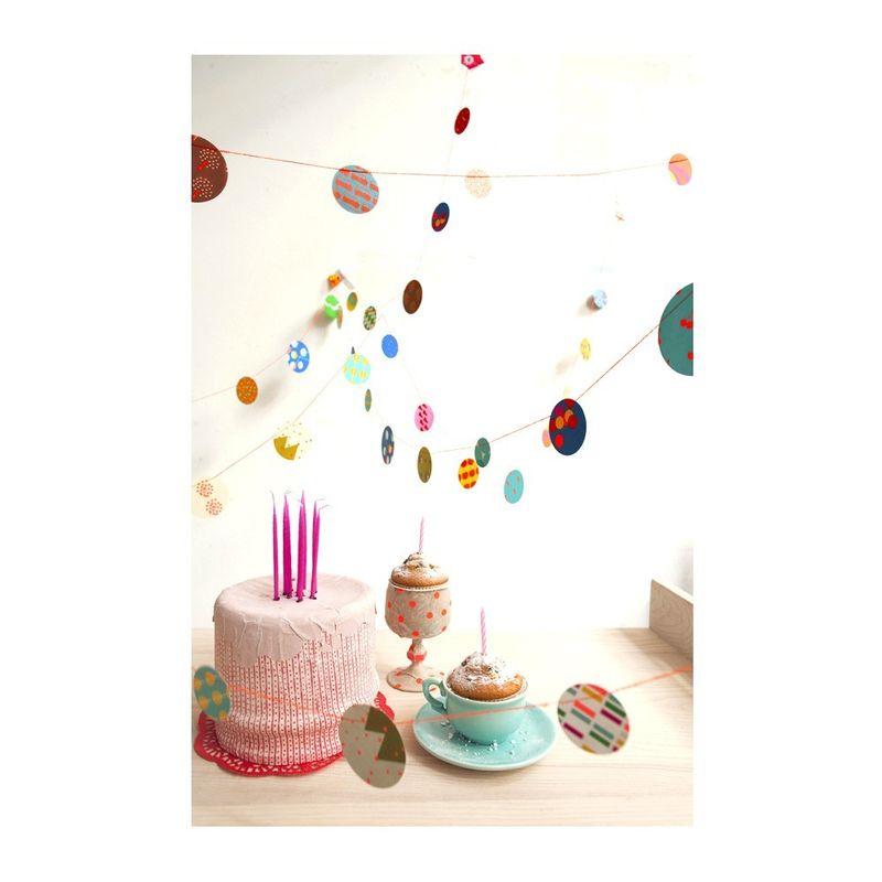 Guirlande-confetti-papier-fluo2