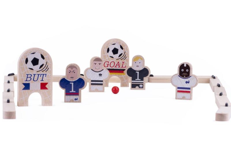 FOOT-jouet-en-bois-paris-15-boutique-enfant