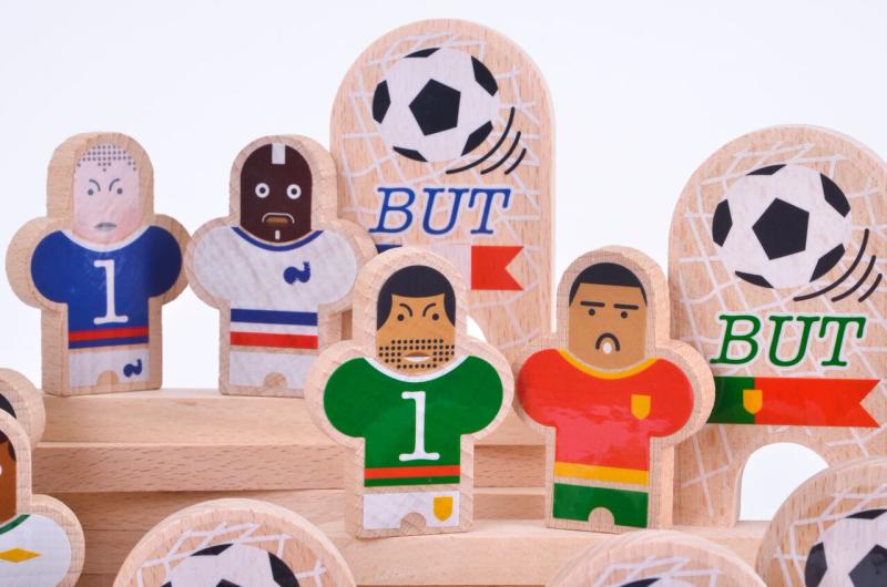 FOOT-equipe-jouet-en-bois-bille-paris-15