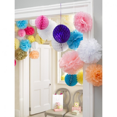 Pompom-honeycomb-decoration-anniversaire