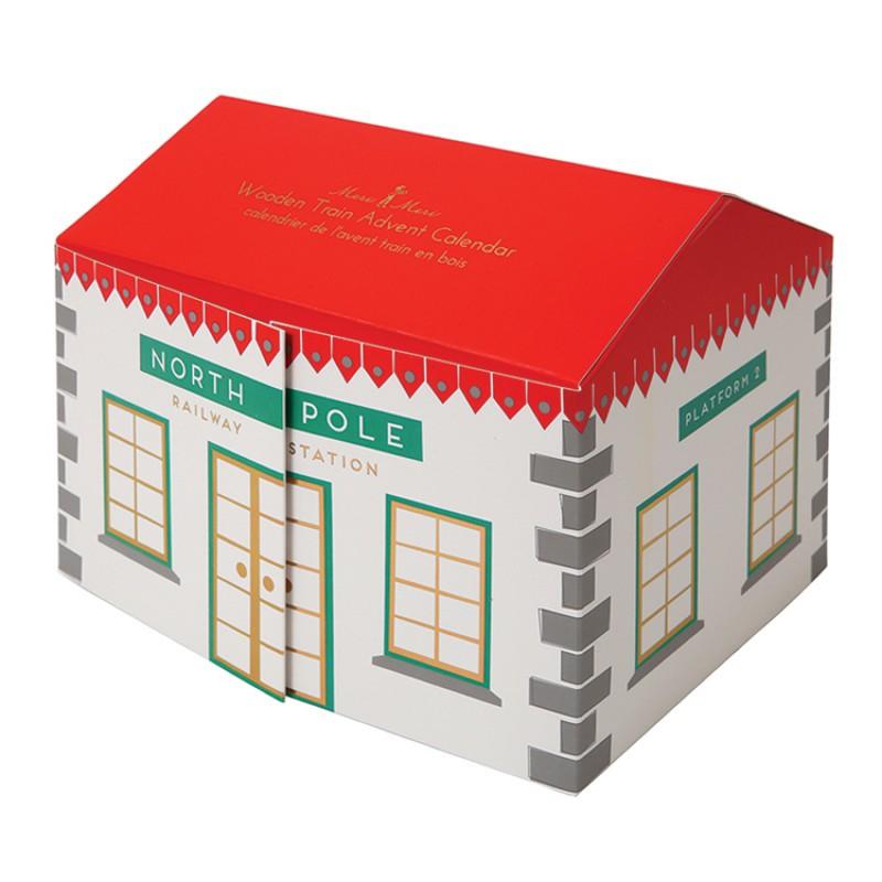 Advent-calendar-calendrier-avent-train-bois-village-enfants-paris